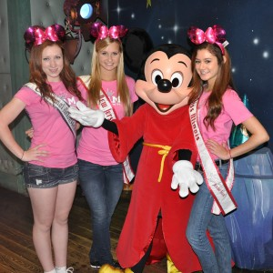 Jr. Teens meeting the famous MickeyMouse