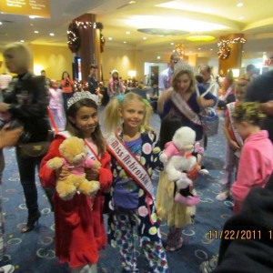 Miss Nebraska, Angel Strong, Sister Queen, and NAM Bears before Pajama Rehearsal