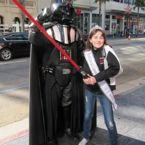 Pre-Teen Kyra Walters & Darth Vader