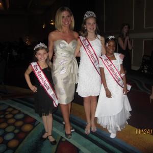 mass queens (jr. preteen team confidence member) and Joy at dinner