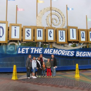 Madison Bentley Missouri Princess Cover Girl with family at Disneyland