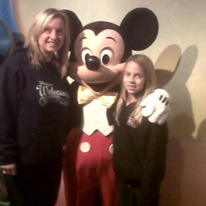 #43 Jr PreTeen Mia Gryniuk and Mom with Mickey