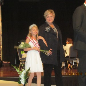 Miss Nebraska escorted by her Grandmother