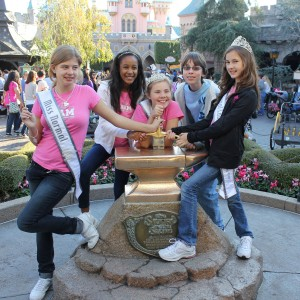 Rachel, Ashley, Alexandria, and Kathryn at the Sword in the Stone