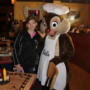 Rachel Marx (preteen, Leadership) discusses breakfast with chef Dale