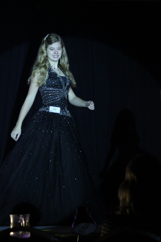 Rachel Marx (preteen, Leadership) shining in the spotlight.