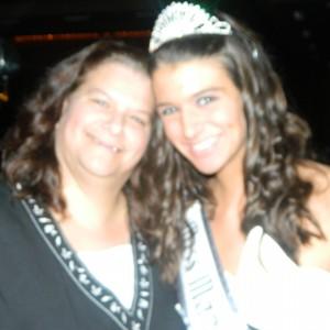 Teen Jennifer Scanlon and Mom Cindy