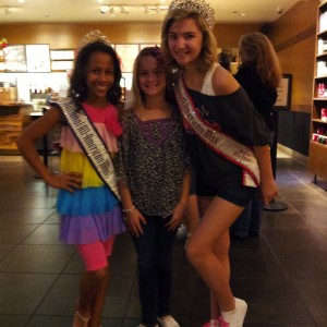 Posing with the National PreTeen Queens