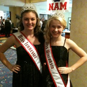 Miss TN Pre-teen and Miss WI Pre-teen during Thanksgiving Banquet