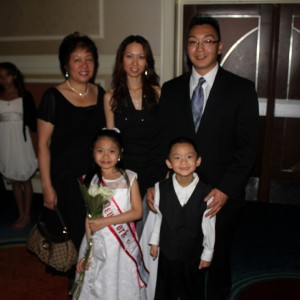 K-La  and family at the Thanksgiving Banquet