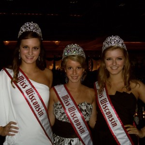 Miss Wisconsin: Miss, Teen, and Jr Teen at the delicious Thanksgiving Banquet!