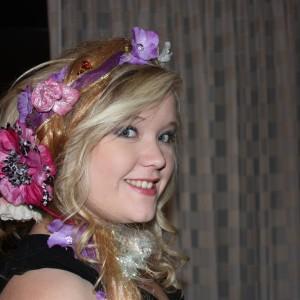 NorCal Teen Ciara Barnes, crazy-lotsa hair