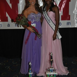 Camille Schrier 2nd runner up All American Miss with Alycia Hill
