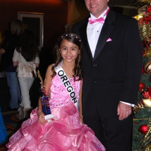 Miss Oregon Jr. Pre-Teen Ciara Wilson with her dad!