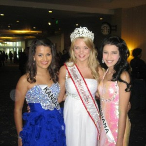 Kimberly Jester with Angelle Folse and Kendra Leet before the Jr Teen Formal Wear Competition.