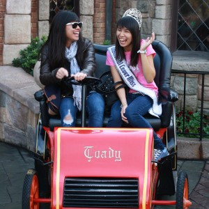 National Cover Miss Megan Viola-Vu and sister in Disneyland