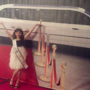 Look at me I'm on the red carpet!...Madison Scheideler