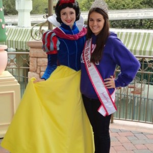 AL Jr. Teen with Snow White