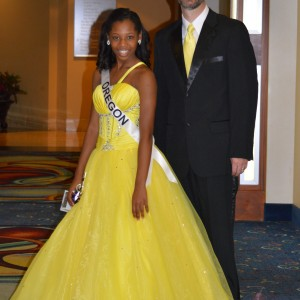 Oregon Preteen Queen Hailey Kilgore with her father Eric after the formal wear competition.
