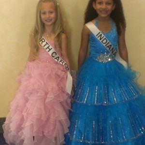 Miss North Carolina Princess Faith Anne Yeley hanging with new friend Miss Indiana Princess