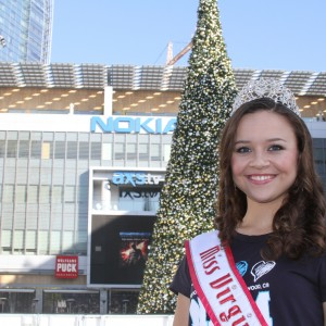 Miss Virginia Jr. Teen - Sydni Alexander- at the Nokia Center Christmas tree