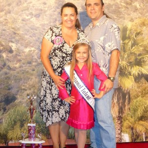 2012 Princess National Talent Winner Alyssa deBoisblanc and her parents in the Red Carpet Room
