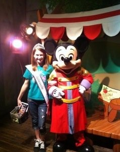 Haylee tingle with Mickey