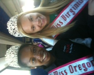 Hailey Kilgore and Kailee Horvath on Hollywood tour bus!