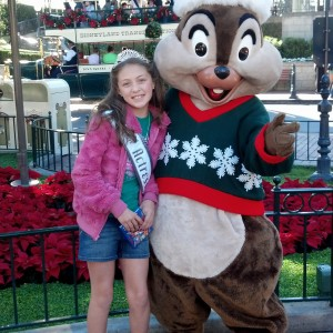 Jr. Pre Teen Sienna Larson from nevada with chip at disneyland