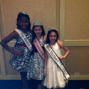 Aysia Henderson, Isabella Izzo, Madison Couto at Thanksgiving Banquet 2013