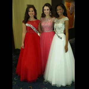 Miss Maryland Jr. Teen, Rachel Distefano, with the beautiful Miss Florida and Miss South Ohio Jr. Teen in formalwear!
