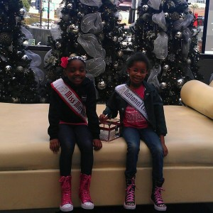 Chantel Thompson MD Princess & Amaris Shipman NC Cover Girl Princess taking a break on Hollywood Tour