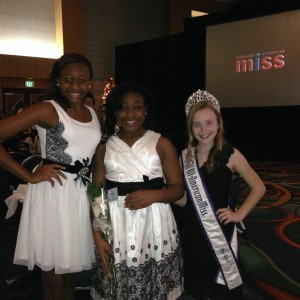 Alayna all smiles with Miss Georgia, Rayvon & All-American Miss, Megan