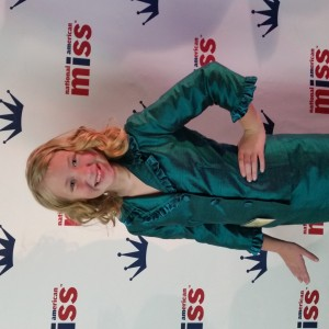 2014 Harlie on the Red Carpet in her Interview Suit