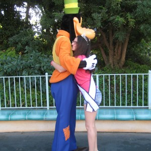 Miss Long Island hugging Goofy!