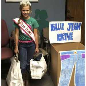 Joey McDowell, Miss Texas Jr. Pre-Teen for National American Miss collected and donated jeans for the Montgomery County Youth Services