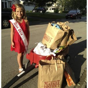 Katie Carson, Miss Ohio Princess organized pet drive for Pet Promise Animal Rescue