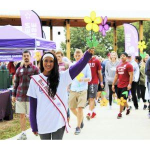 Kinsley Centers, Miss Alabama Teen, participates in the Alzheimer Association Walk