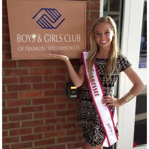 Macy Moyer, Miss Tennessee Jr. Teen volunteers at Boys and Girls Club of Franklin, TN