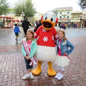 Brooklyn and Audrey at Disneyland!