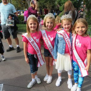 Day at Disneyland with Sister Queens!!!