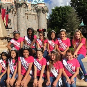 JPT Maci Williams having fun with friends at the castle
