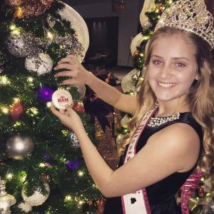 2017 MS Pre-Teen Rose Catherine wishes everyone a Very Merry Christmas and Happy New Year!!